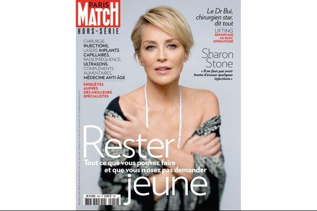 """Sharon Stone en couverture du hors série """"Rester Jeune"""" de Paris Match"""