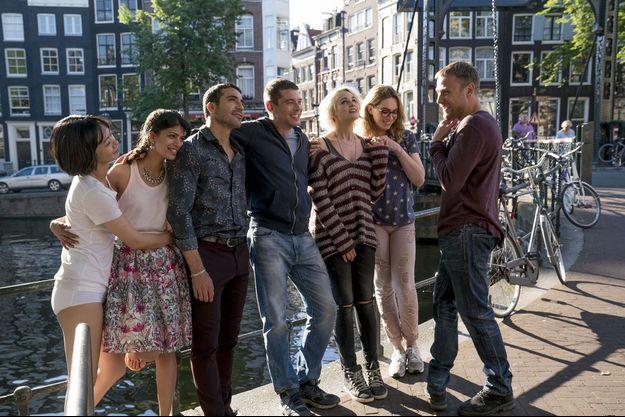 """Le casting de """"Sense8"""" durant la saison 2."""