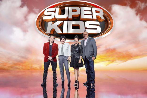 """Le jury de """"Superkids"""" Philippe Candeloro, Liane Foly, Alizée et Gérard Louvin."""