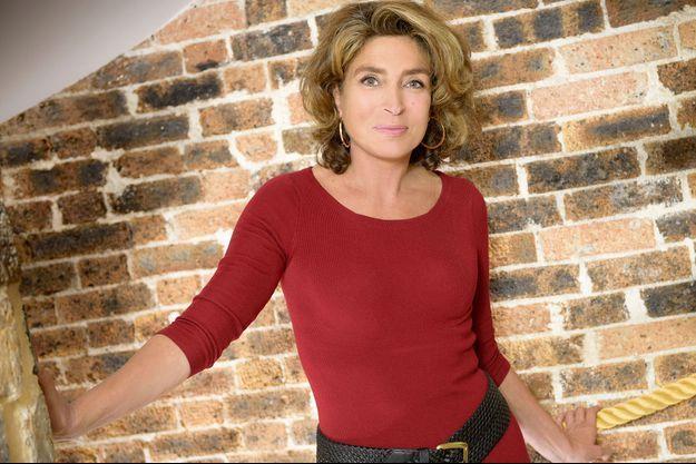 """Marie-Ange Nardi présente depuis 2008 le """"Téléshopping"""" sur TF1."""