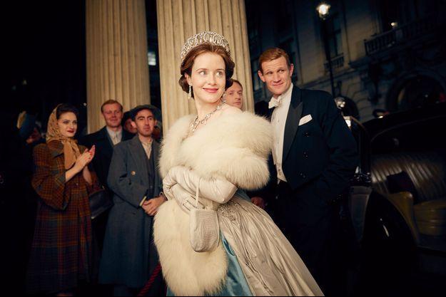 Après avoir incarné Anne Boleyn dans la série « Wolf Hall », Claire Foy se glisse dans la peau d'Elizabeth II.
