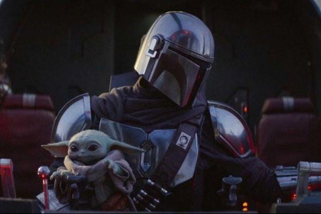 """Baby Yoda a piqué la vedette de """"Mando"""" (Pedro Pascal) dans la saison 1 de """"The Mandalorian""""."""