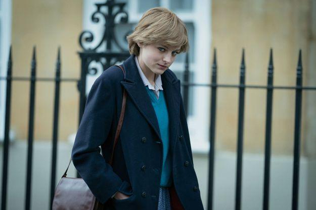 Emma Corrin incarne lady Di.