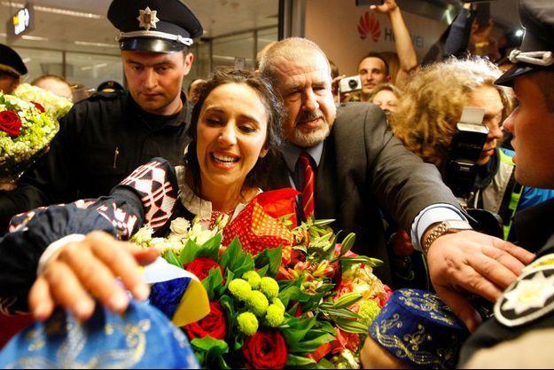 La chanteuse Jamala a été accueillie comme une star dans son pays après sa victoire à l'Eurovision.