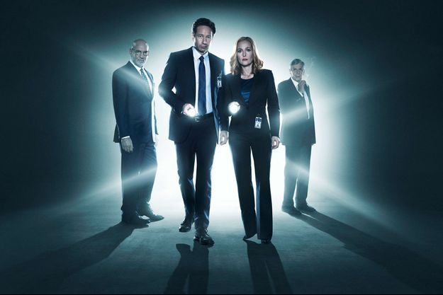 Fox Mulder (David Duchovny) et Dana Scully (Gillian Anderson).