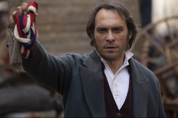Yannick Choirat dans le rôle de Victor Hugo.