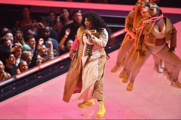 La chanteuse et rappeuse Lizzo est en tête avec huit nominations.