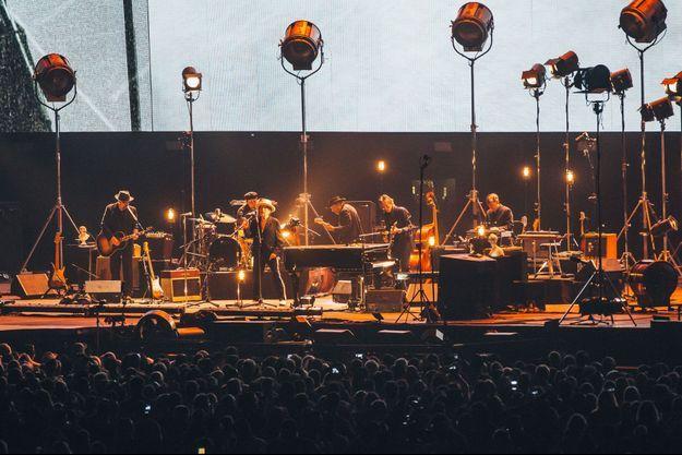Bob Dylan, sur scène au Desert Trip, en Californie.