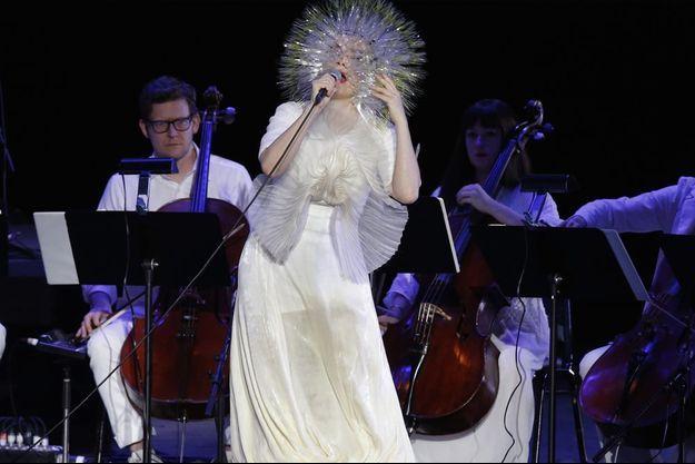 Björk en concert à New York le 23 mars