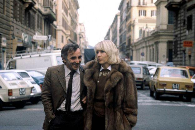 Charles Aznavour et sa femme Ulla, à New York en 1980.