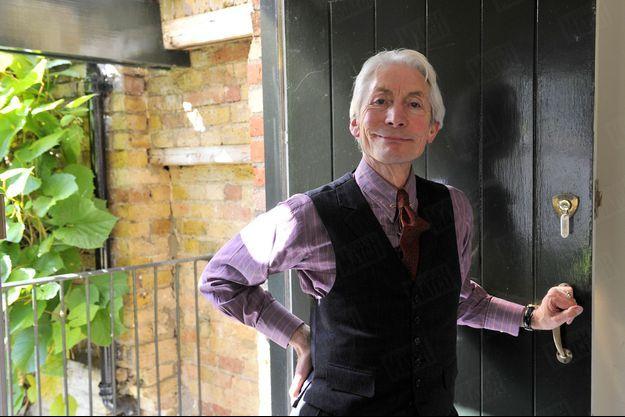 Charlie Watts dans les bureaux des Rolling Stones, au sud-ouest de Londres.