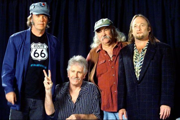 De g. à dr: Neil Young, Graham Nash, David Crosby, et Stephen Stills.