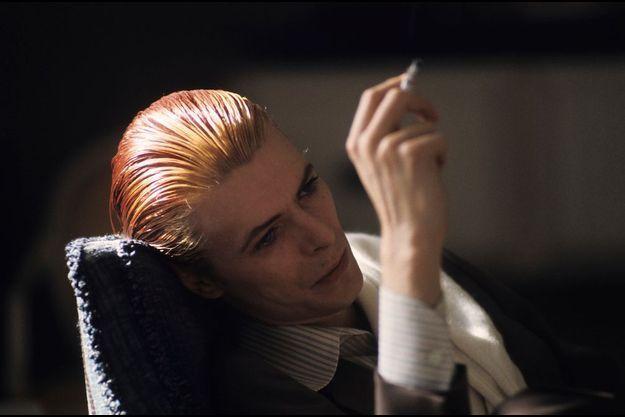 David Bowie dandy songeur en 1976
