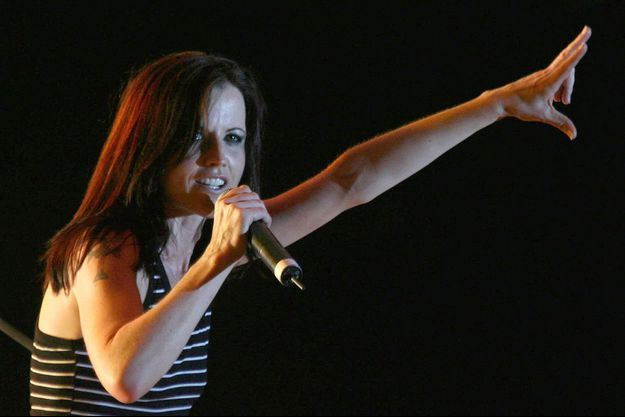 Dolores O'Riordan en concert en 2007