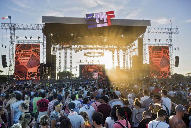 La scène de l'Electrobeach Music Festival à Barcarès.