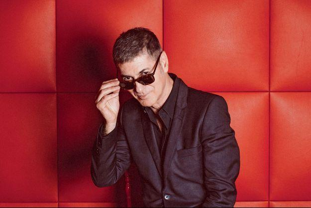 Etienne Daho sort son dernier album en date, « L'homme qui marche » (Polydor/Universal.)