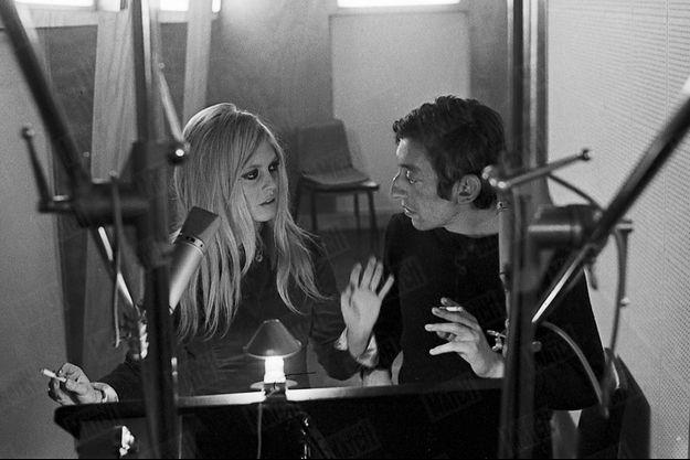 Novembre 1967, aux Studios Hoche. En pleine répétition de « Bonnie and Clyde » pour le « Show Bardot » qui sera diffusé le soir de la SaintSylvestre. A travers la ballade du couple de malfaiteurs américains en cavale, c'est leur propre liaison interdite qu'ils exaltent.