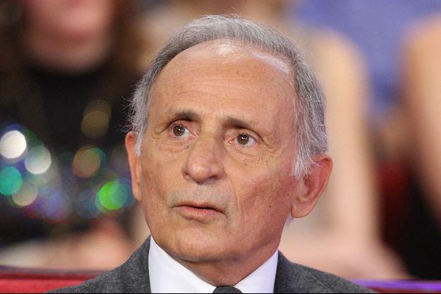"""Henri Belolo chez Drucker dans son émission """"Vivement Dimanche"""", en 2008."""