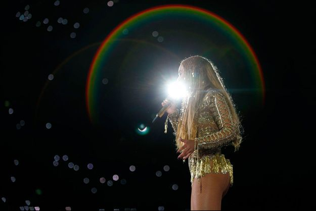 Beyoncé lors de son concert à Wembley