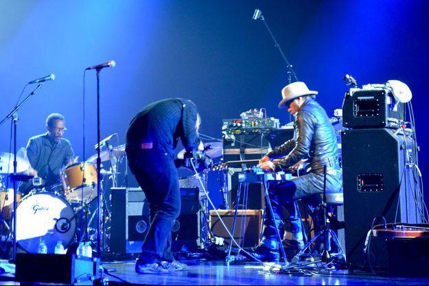 Daniel Lanois sur scène, à Montréal, jeudi soir.
