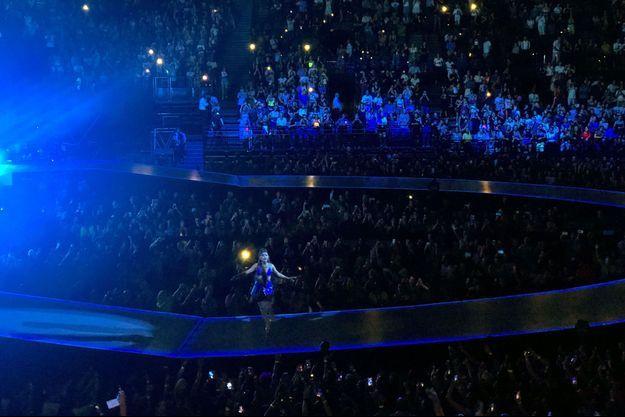 Ariana Grande était en concert à Paris mardi soir.