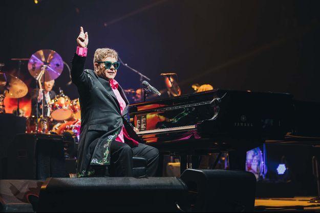 Elton John en concert à Paris.