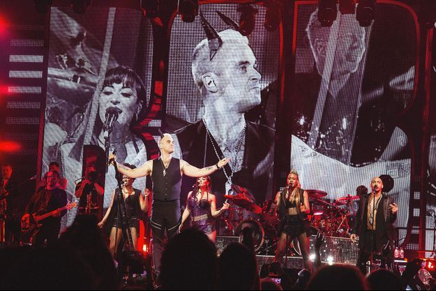 Robbie Williams était en concert à Paris lundi soir.