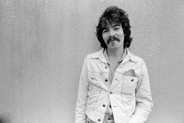 John Prine sur le campus du Georgia State College, en novembre 1975.