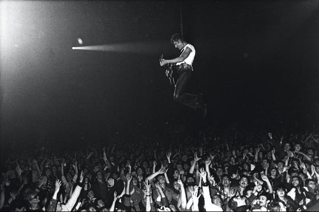 Au Zénith, le 2 février 1985, final triomphal après trois mois de concerts et un séjour à l'hôpital.