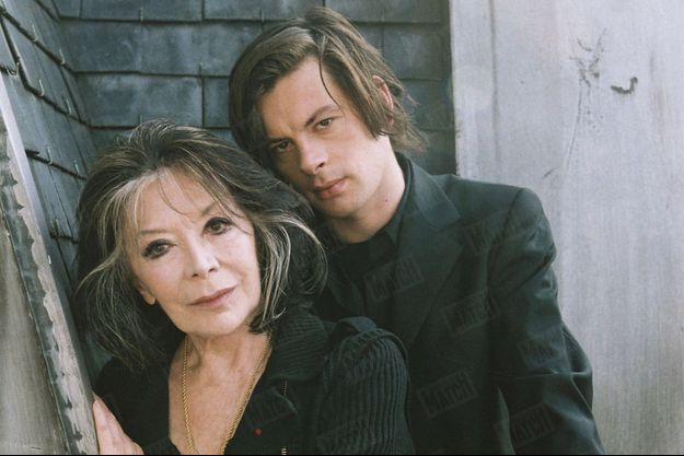 Juliette Greco et Benjamin Biolay, en octobre 2003.