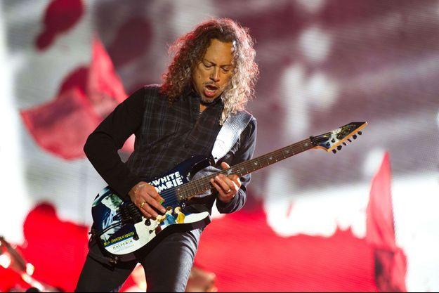 Kirk Hammett sur scène avec Metallica, en 2014.