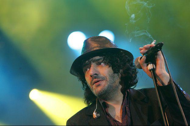 Rachid Taha en concert en août 2007.