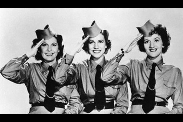 Les Andrews Sisters : Maxene, Patty, LaVerne
