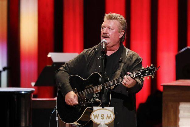Joe Diffie lors d'un concert à Nashville en juillet 2019