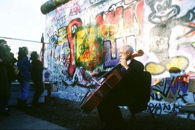 Mstislav Rostropovitch en 1989 à Berlin