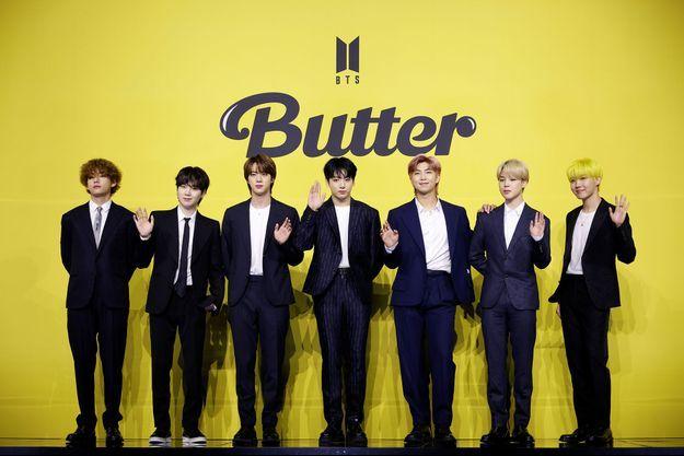 """Le groupe BTS vendredi en conférence de presse pour présenter son titre """"Butter""""."""