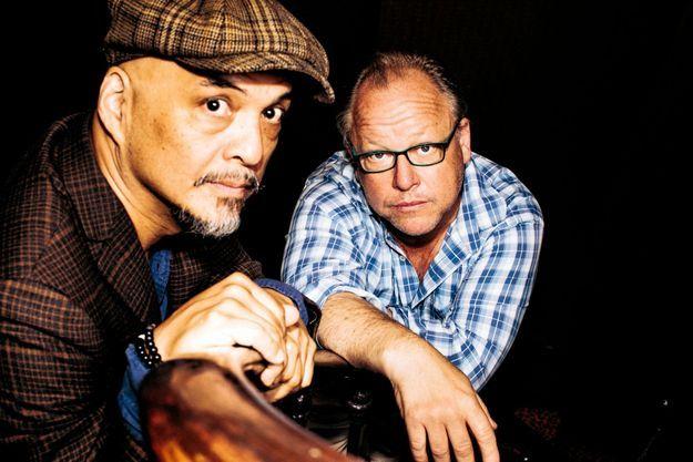 Joey Santiago et Charles Thompson, en juin à Paris.