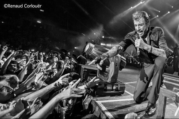 Tel-Aviv, à la Nokia Arena, le 30 octobre 2012. Un public bouillant comme Johnny les aime.