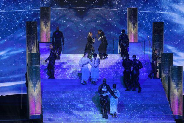 Madonna lors de son show présenté à l'Eurovision 2019.