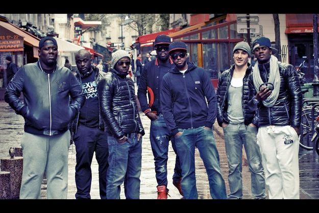 De g. à dr. : JR O Chrome, Barack Adama, Doomans, Maître Gims, Lefa, Maska et Black Mesrimes.