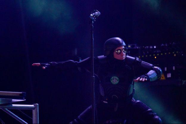 Maynard James Keenan, le chanteur de Tool, sur scène lors d'un concert à New York, en juin 2017.