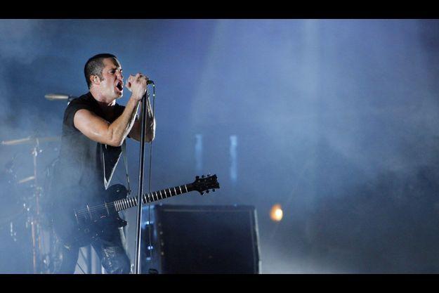 Trent Reznor sur scène avec Nine Inch Nails en octobre 2005 à la Nouvelle-Orléans.