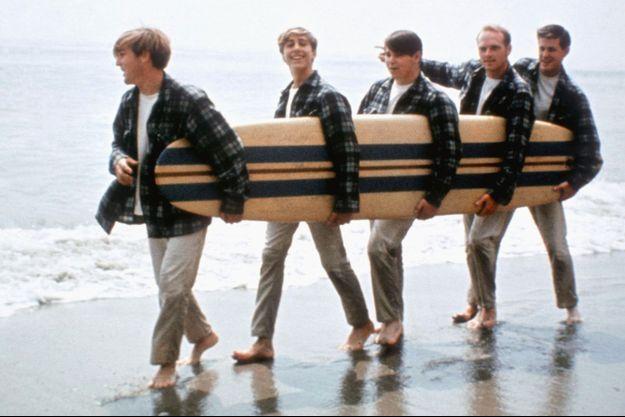 """Le groupe à l'époque de leur premier succès """"Surfin USA""""."""