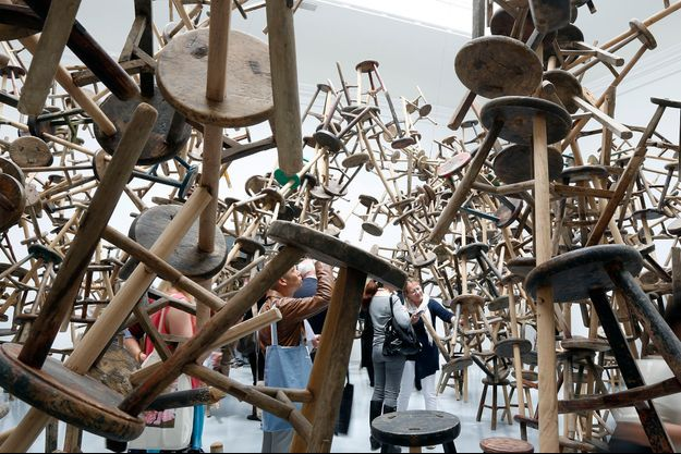 L'installation «Bang», d'Ai Wei Wei, dans le pavillon allemand.