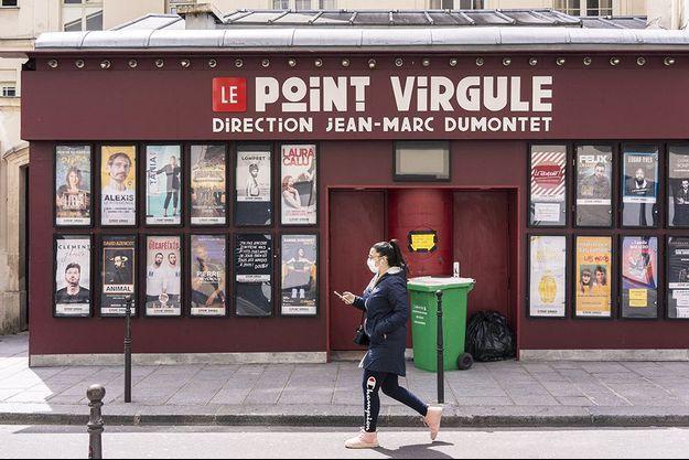 La façade du Point-Virgule dans le 4e arrondissement de Paris.