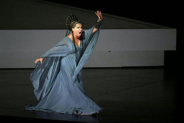 """Anna Netrebko interprète """"Aida"""" de Giuseppe Verdi, à Salzbourg, le 3 août 2017."""