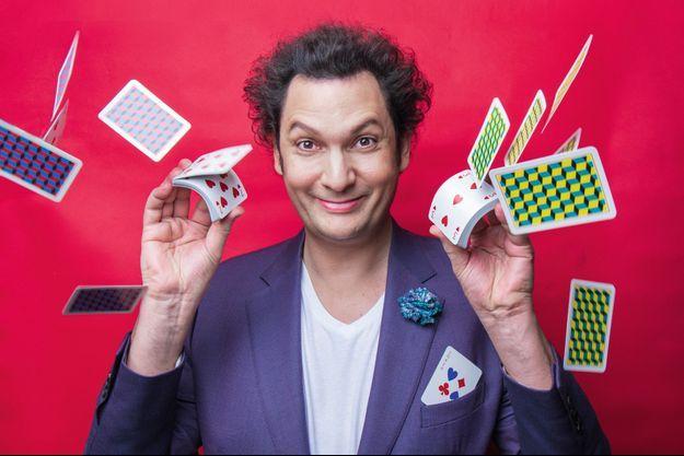 """Eric Antoine : """"L'avantage d'être magicien humoriste est que, quand tu rates un tour, les gens pensent que tu l'as fait exprès"""""""