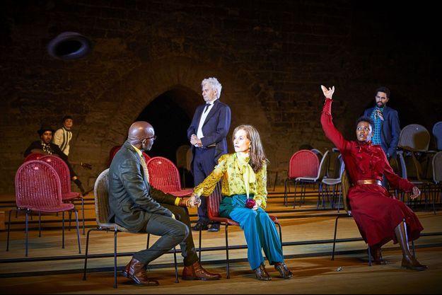 Isabelle Huppert dans «La Cerisaie», à Avignon.