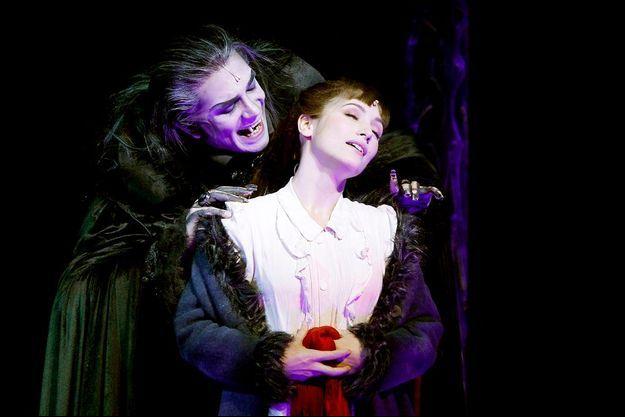 Théâtre Mogador, Paris IXe, à partir du 17 octobre. Tél. : 01 53 33 45 30.