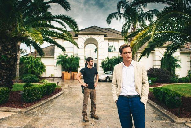 "Michael Shannon et Andrew Garfield dans ""99 Homes""."